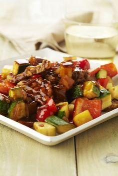Javaans stoofpotje met tempeh - paprika, ananas, courgette, sojasaus, ui