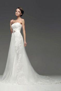 robe blanche mariée bustier dentelle ornée de bijoux cliquez pour l ...