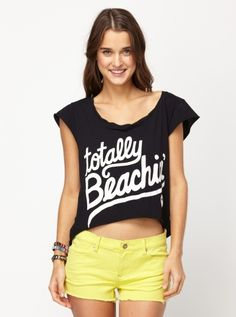 Totally Beachin #LetTheSeaSetYouFree let-the-sea-set-you-free