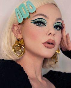 70s Makeup, Retro Makeup, Edgy Makeup, Makeup Eye Looks, Eye Makeup Art, Fall Makeup, Makeup Goals, Skin Makeup, Twiggy Makeup