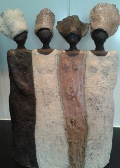 Kaolin and Barbotine: January 2015 Kaolin et Barbotine: janvier 2015 Kaolin and Barbotine: January 2015 , Raku Pottery, Pottery Sculpture, Sculpture Clay, Ceramic Figures, Clay Figures, Ceramic Art, Paper Clay, Clay Art, Sculptures Céramiques