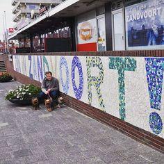 Zin in #Zandvoort! (Lust auf Zandvoort)! Mit diesen Worten verabschieden wir uns von unseren Nachbarn in #Holland. Es war schön bei euch. Bis bald!  #pmdoggyday2015 #yorkshireterrierblog #hundeblog #dogblog #blogger #yorkshireterrier #yorkiegram #dog #goodbye #niederlande #abnachhause #yorkie #hundeliebhaber
