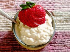 Stovetop Rice Pudding with no eggs from Cook's Illustrated |  Just like my Mom makes.  Love it!