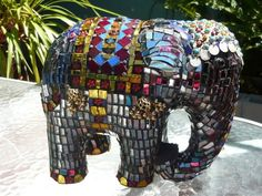 I love this mosaic elephant