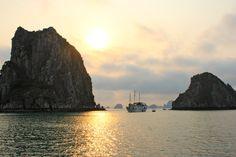 Baie de Hạ Long - #Vietnam - By #seheiah