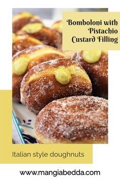 Italian style doughnuts with pistachio infused custard cream! #bomboloni #italiandoughnuts Bite Size Snacks, Brioche Recipe, Mini Doughnuts, Custard Filling, Italian Cooking, Dough Recipe, Italian Style, Pistachio, A Food