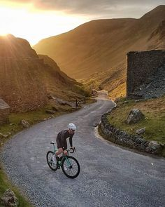 """133 Likes, 3 Comments - Push Cartel (@pushcartel) on Instagram: """"#throwbackthursday to a great club ride over Honister Pass a few weeks ago. #tbt #road #cycling…"""""""