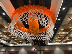 Room Decor & Stage Decor - The Balloon People Balloon Drop, The Balloon, Pep Rally, School Dances, Balloon Decorations, Grand Opening, Party Themes, Balloons, How To Memorize Things
