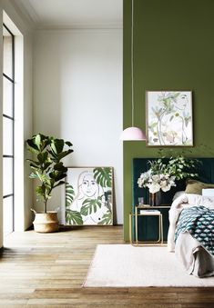 This green wall with a blue-green headboard is pretty. For mom& room? - This green wall with a blue-green headboard is pretty. For mom& room? Floral Bedroom, Bedroom Green, Bedroom Black, Bedroom Colors, Gold Bedroom Accents, Grey Green Bedrooms, White And Brown Bedroom, Forest Green Bedrooms, Green Bedroom Paint