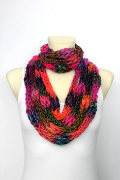 Chunky Infinity Scarf - Bulky Loop Scarf - Womens Knit Infinity - Chunky Knit Scarf - Knit Chain Scarf - Bulky Knit Scarf - gift for her