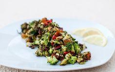 Brokkolisalat Sprouts, Vegetables, Recipes, Food, Essen, Vegetable Recipes, Meals, Ripped Recipes, Eten