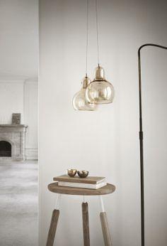 Suspension Mega Bulb - transparent fil blanc Amateur de Design