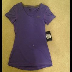 Women's Nike Pro Purple T-shirt Dri-FIT Made in El Salvador 84% polyester 16% spandex Nike Tops Tees - Short Sleeve