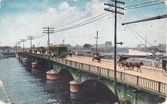 Philippines~1919 MANILA~Old Bridge of Spain Vintage Pictures, Old Pictures, Old Photos, Philippines Culture, Manila Philippines, Jose Rizal, Pinoy, Explore, History