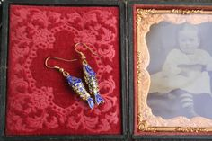 Your place to buy and sell all things handmade Royal Jewelry, Heart Jewelry, Statement Jewelry, Jewellery, Vintage Brooches, Vintage Earrings, Vintage Jewelry, Vintage Bags, Vintage Outfits