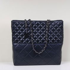 Chanel Large Tote Bags Original Lambskin Leather   Black