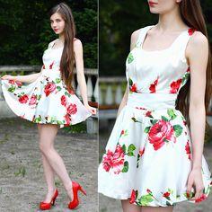 lookbookdotnu:  Roses (by Ariadna Majewska)