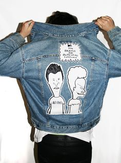 Men's Jackets For Every Occasion. Photo by Menswear Market Jackets are a must-have in the cold weather but it can also be used to accessorize an outfit. Jean Vintage, Vintage Denim, Denim Fashion, Look Fashion, Custom Clothes, Diy Clothes, Jean Diy, Vintage Levis Jacket, Denim Ideas