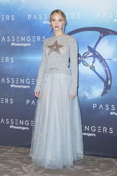 jennifer-lawrence-passengers-photocall-in-paris-11-29-2016-6