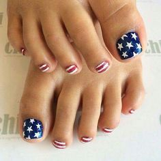 Navy Blue With White Stars Nail Art For Girls #Naildesigns #toenails