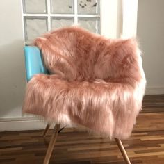 Pink Palace, New Room, E Design, Bean Bag Chair, Room Decor, Blanket, House Styles, Furniture, Secret Store