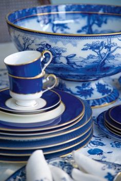 beautiful blue dishes