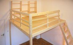 Unsere Betten sind modern und zeitlos. Sie passen sich individuell an Ihre Räumlichkeiten an. Schaffen Sie sich mehr Platz mit Bücherregalen...