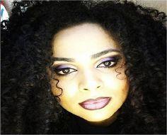 """A consultora @niuelersantos, da NYX do Internacional Guarulhos, se jogou na tendência do """"ombre Lips"""", que é o batom com esse efeito degradê"""