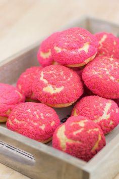 Raspberry craquelin choux puffs