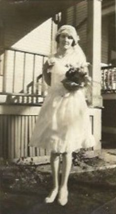 NOV16: ANTIQUE: Old-Fashioned Wedding! Gorgeous Gramma RABBIT (20) 07 NOV 1927 #TheGrammaRabbit  #genealogyphoto @ggirltalks @genealogyphoto