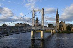 Puente sobre el ness en inverness, Escocia — Foto de stock © MarkB ...