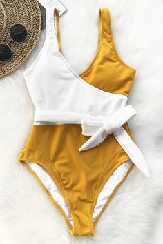 Cupshe Yellow And White Colorblock One-piece Swimsuit Women Patchwork Belt Bow Monokini 2020 V-neck Beach Bathing Suit Swimwear Cute Swimsuits, Two Piece Swimsuits, Women Swimsuits, One Piece Swimsuit Trendy, Monokini, Bh Push Up, Cute Bathing Suits, Nylons, Summer Bikinis