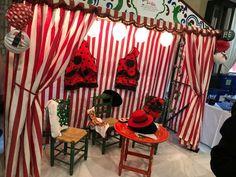Feria Andaluza - Creativando Eventos   #EventProfs #Creativando #Events #EventMarketing Paella Party, Valance Curtains, Italy, Ideas, Home Decor, Honey, Events, Flamingo Party, Caravan