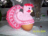 Velikonoční slepička | Mimibazar.cz Crochet Hats, Beanie, Jar, Easter Activities, Chef Recipes, Knitting Hats, Beanies, Jars, Glass
