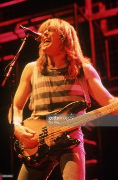 Photo of AC/DC and Cliff WILLIAMS and AC DC, Cliff Williams performing on stage