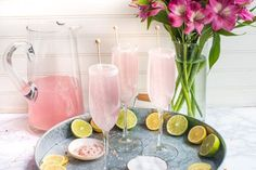 Nothing says classy quite like these gorgeous Pink Lemonade Champagne Margaritas. The perfect champagne cocktail for weddings, showers or girls night out! Pink Champagne Margarita, Sugar Sticks, Margarita Recipes, Drink Recipes, Strawberry Smoothie, Signature Cocktail, Party Drinks, Fun Drinks, Tea Party