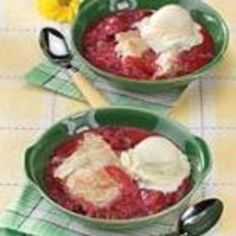 Rhubarb Strawberry Cobbler