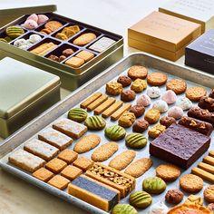 Dessert Packaging, Bakery Packaging, Cookie Packaging, Candy Cane Cookies, Cupcake Cookies, Candy Canes, Winter Parties, Christmas Parties, Christmas Treats