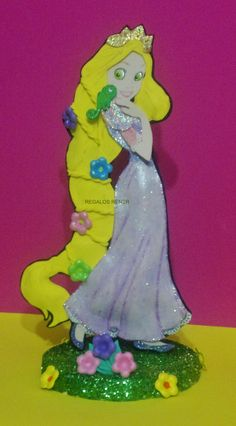 Adorno para torta Princesa Rapunzel en foami