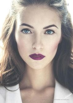 berry lips, porcelain make-up