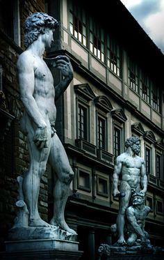 Uffizi Gallery Florence Italy, was commissioned in 1560 for the Medici family. Today, the Uffizi houses works by famous artists like Boticelli, Raphael, and Michelangelo.