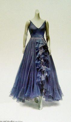 Elizabeth Taylor's Dress Designed by Edith Head 1950's