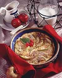 Apple & Raisin Oven Pancake Photo