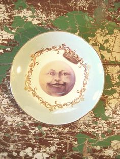King Moon Face Vintage Altered Decorative Plate by MysteryMisterAntique on Etsy  sc 1 st  Pinterest & Vintage u0027King Moonu0027 Altered Art Hanging Wall Decorative Plate by ...