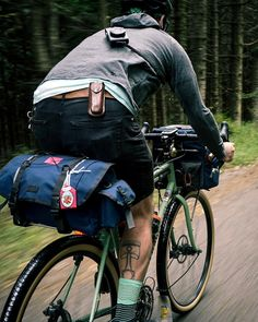Velo Cargo, Push Bikes, Bicycle Bag, Urban Bike, Commuter Bike, Touring Bike, Bike Style, Bike Design, Road Bikes