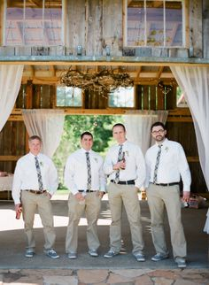 Southern wedding - Love the barn decorations