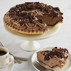 An exquisite indulgence to our delicious roster of pies! We start with a chocolate crust, then layer in dreamy chocolate mousse to the brim and finish with delicious chocolate shaves! Red Velvet Chocolate Cake, German Chocolate Cheesecake, Salted Caramel Chocolate Cake, Chocolate Mousse Pie, Delicious Chocolate, Decadent Chocolate, Chocolate Frosting, Pie Delivery, Birthday Cakes Delivered