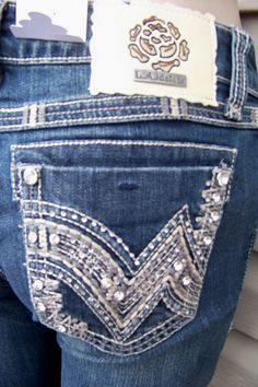 NWT La Idol boot cut jeans sizes are 0 3 5 7 9 11 13 – Bling Jeans, Southern Outfits, Buckle Jeans, Embellished Jeans, Juniors Jeans, Designer Boots, Fancy Pants, All About Fashion, Cowgirl Boots