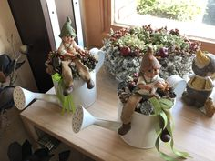 Holidays And Events, Ladder Decor, Flower Arrangements, Sweet Home, Easter, Wreaths, Crafty, Spring, Christmas
