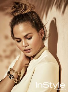 """Chrissy Teigen's Take on the """"Belly Pose"""" Will Crack You the Eff Up"""